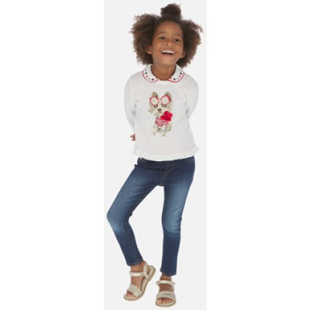 Calças compridas tipo jegging para menina que combinam a elasticidade das leggings com a textura das de ganga. Item da nossa coleção básica