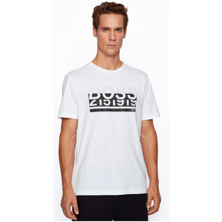 T-shirt de manga curta da BOSS Menswear, estampada no peito com um logótipo. Fabricada em algodão super macio