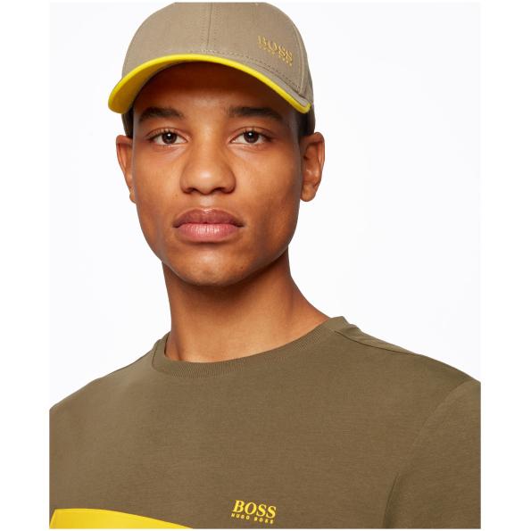 Boné desportivo da BOSS, com logotipo impresso na frente. Criado em sarja 100% algodão para uma abordagem mais responsável da moda.