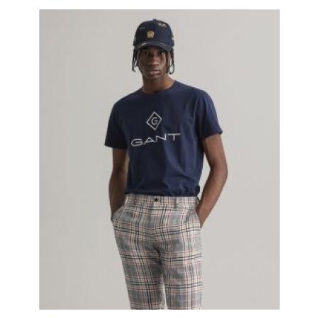 T-Shirt GANT com logo. Adornada com o clássico logótipo Diamond G, esta t-shirt simples é ideal para dias descontraídos. 100% Algodão.