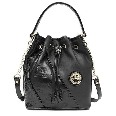 Bolsa de mão e ombro de senhora Black Horse SKU: 18500281.01.99 com alça de ombro extra. Na divisão principal dispõem de um fecho de correr.