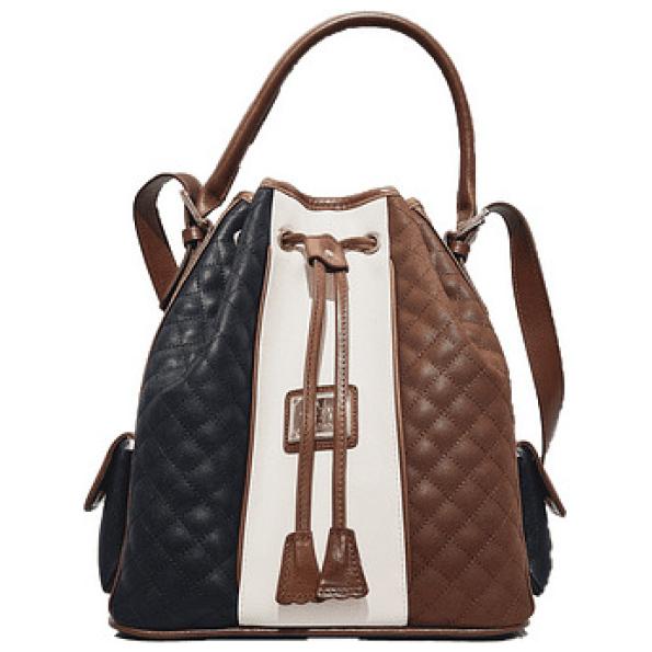 Bolsa de Cordão Cavalinho de senhora Navy Line SKU 18910360.34.99 com dupla funcionalidade. Escolha entre a opção de mão ou a alça de ombro regulável.