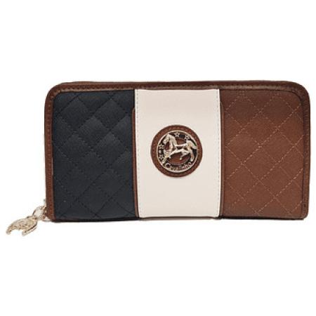 Esta carteira cabe facilmente na maioria das bolsas, também pode ser carregada na mão como uma clutch em miniatura.